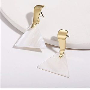 ✨ Geometric Statement Earrings✨